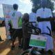 توزيع دراجات هوائية على طلاب الإعدادي